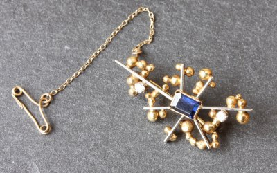 Abstract Star Bobble Brooch