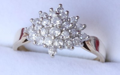 9ct Diamond Cluster Ring