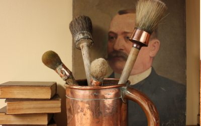 Brushes Pot