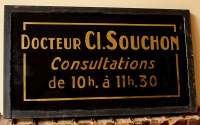 Docteur Sign