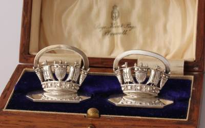 Naval Crown Menu Holders