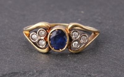 One Sapphire Six Diamond Ring