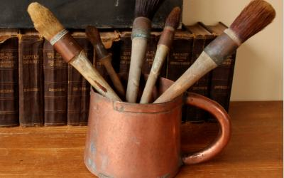 Paint Brushes Pot