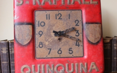Quinquina French Red Clock