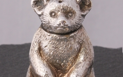 Silver Teddy Bear Pepperette