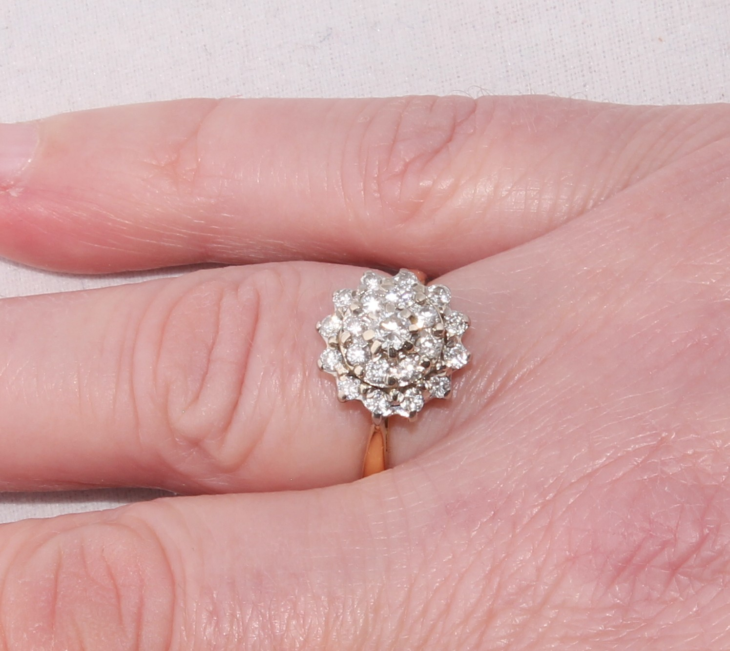 Vintage 18ct Yellow Gold & Diamond Cluster Ring. 0.75ct. Size N 1/2